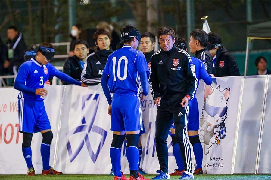 日本代表はパラリンピックでメダル獲得を目指す【写真提供:日本ブラインドサッカー協会 / 鰐部春雄】