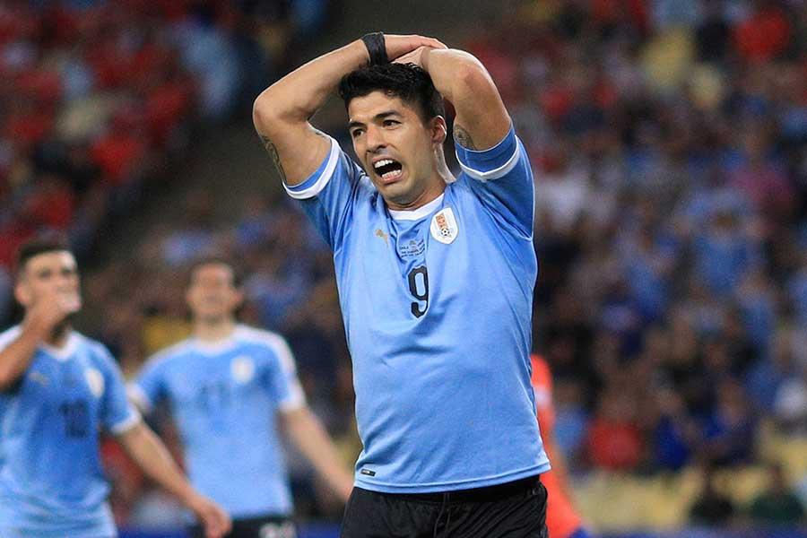 チリ戦に出場したルイス・スアレス【写真:Getty Images】