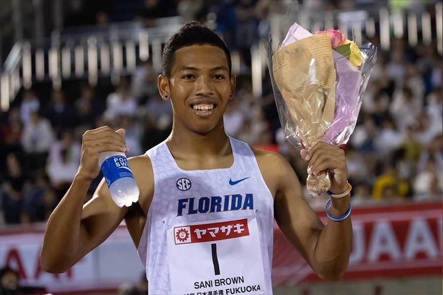 男子100mで優勝したサニブラウン【写真:奥井隆史】