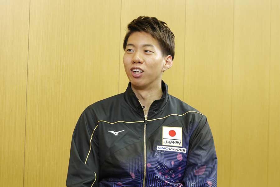 男子200メートル平泳ぎに出場する渡辺【写真:テレビ朝日】