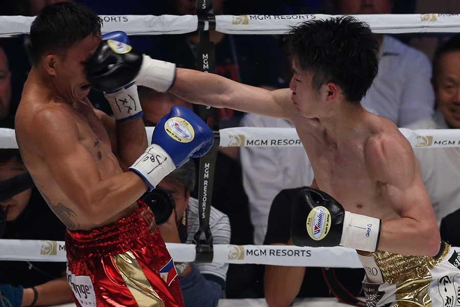 拳四朗がジョナサン・タコニンにTKO勝ち【写真:Getty Images】