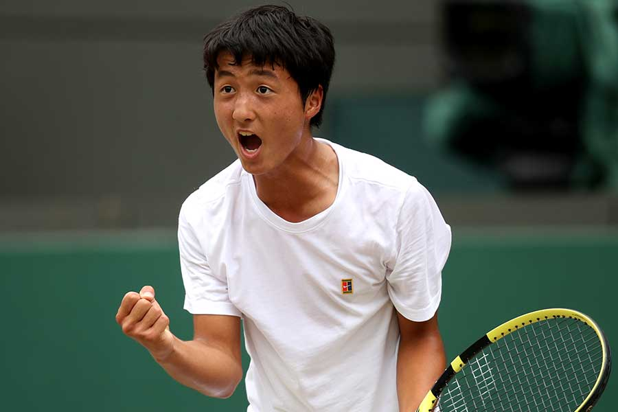 ジュニア男子シングルスで優勝した望月慎太郎【写真:Getty Images】
