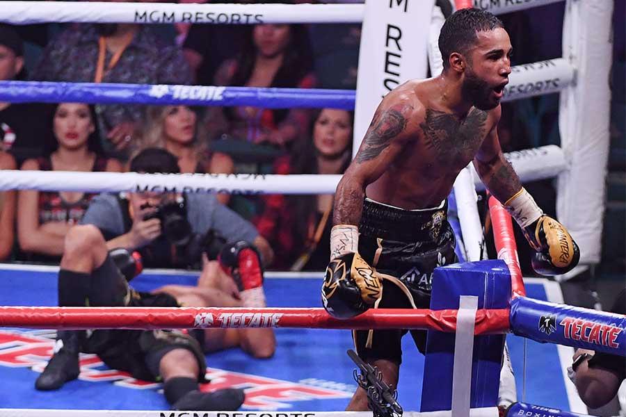 ルイス・ネリがパヤノを9回KO勝ち【写真:Getty Images】