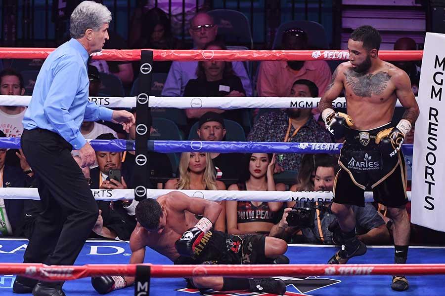 ルイス・ネリがフアン・カルロス・パヤノを相手に9ラウンドKO勝ち【写真:Getty Images】