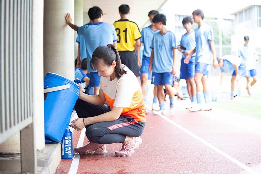 工夫を凝らし、誰も見えない場所で苦労を重ね、強豪チームを支えてきた鈴木美南さん【写真:mika】