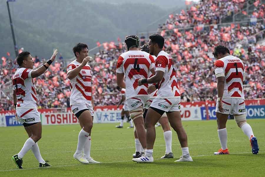 強豪フィジーから8季ぶりの勝利を挙げた日本代表【写真:Getty Images】