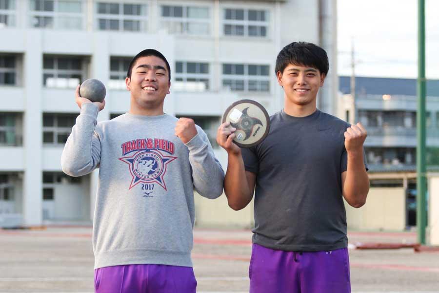 山下(右)と稲福(左)は中学時代からライバル関係だった【写真:山田智子】