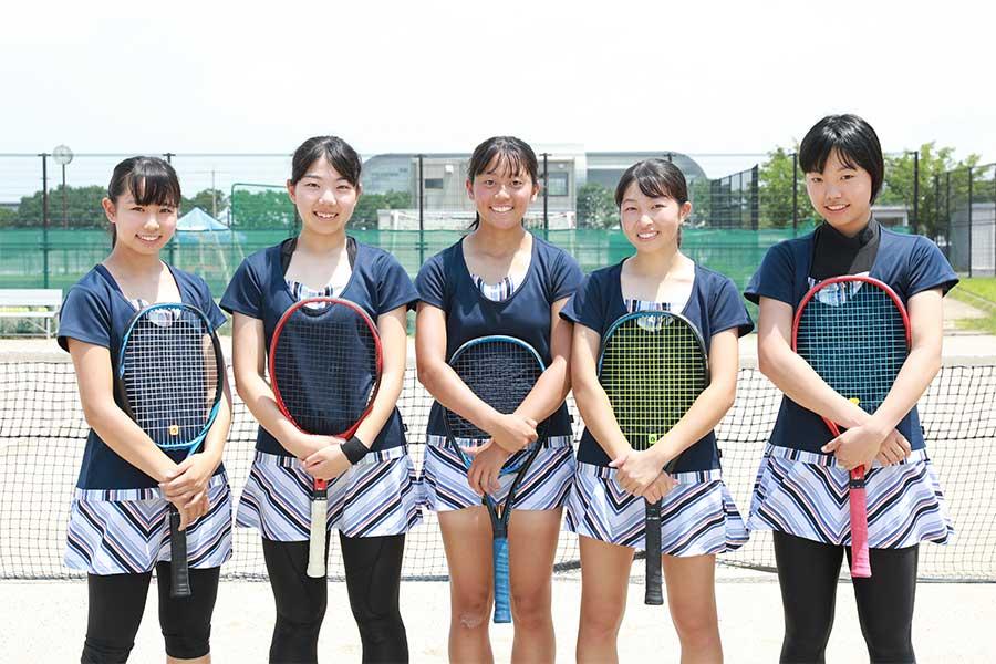 文武両道の立命館守山・女子硬式テニス部、その強さの秘密とは【写真:山田智子】