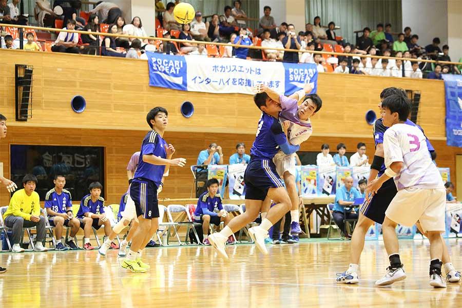 初出場の桑名工は小林秀峰に18-33で敗れた【写真:山田智子】