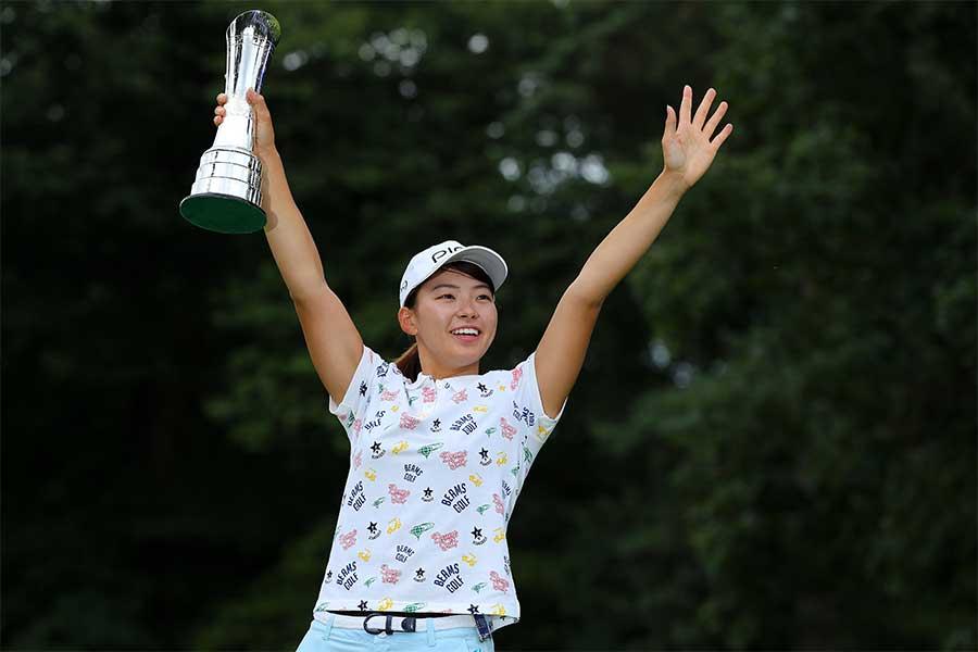全英女子オープンで優勝した渋野日向子【写真:Getty Images】