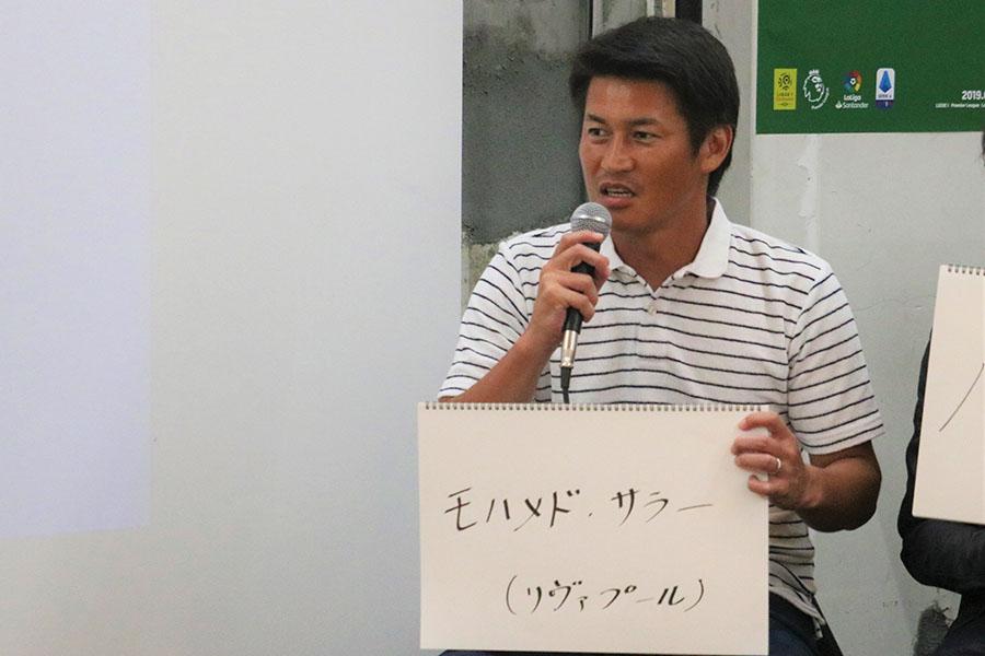 トークショーを盛り上げた吉田孝行氏【写真:編集部】