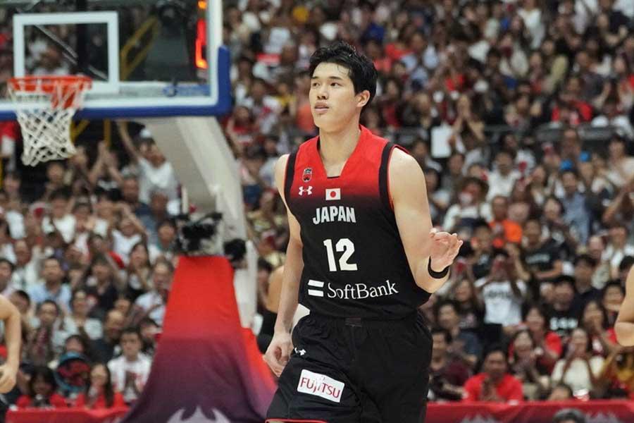 日本は35-40で前半を折り返した【写真:荒川祐史】