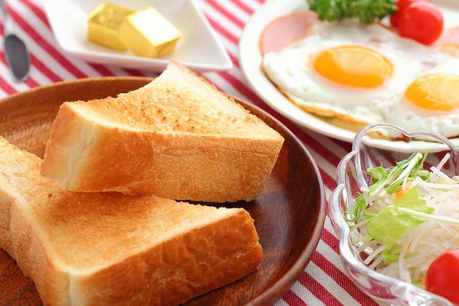 朝食でタンパク質を摂って体内時計をリセット