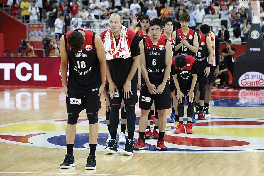 日本代表は今大会4戦全敗中【写真:Getty Images】