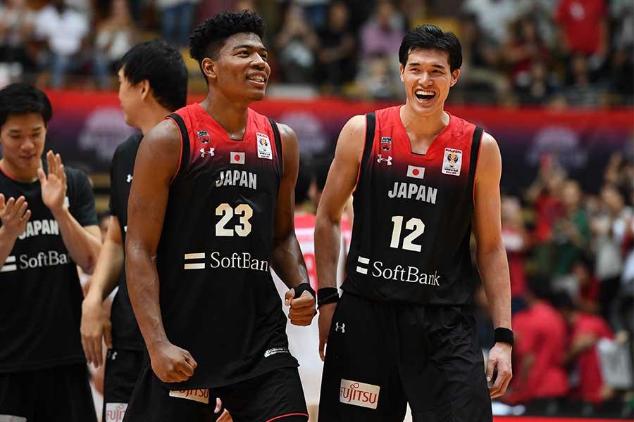 八村塁(左)と渡邊雄太、2人の柱以外の選手たちは何を感じたのか【写真:Getty Images】