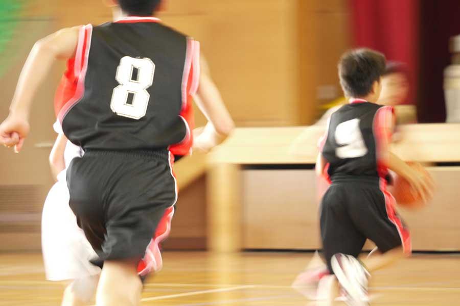 子供に考えさせ、楽しませる工夫を凝らす指導が日本でも増えつつある