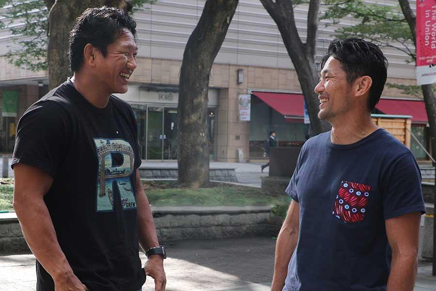 日本代表キャプテンを務めた菊谷崇氏(左)と廣瀬俊朗氏【写真:編集部】
