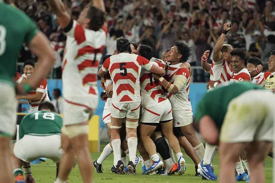 日本がアイルランドに勝利した瞬間の映像が世界でも話題に【写真:荒川祐史】