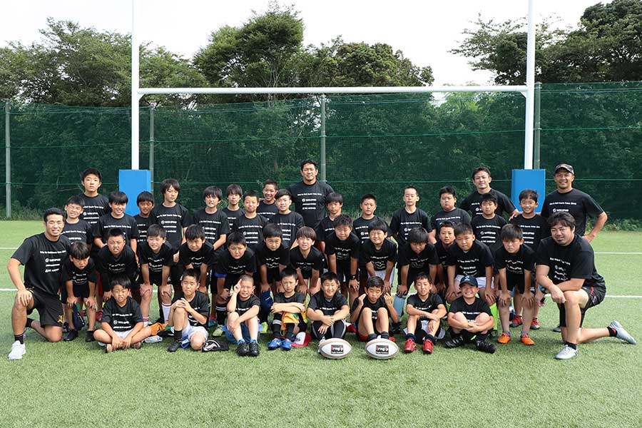 3校から集まった小学4年生から中学生までの37人が参加した【写真:荒川祐史】