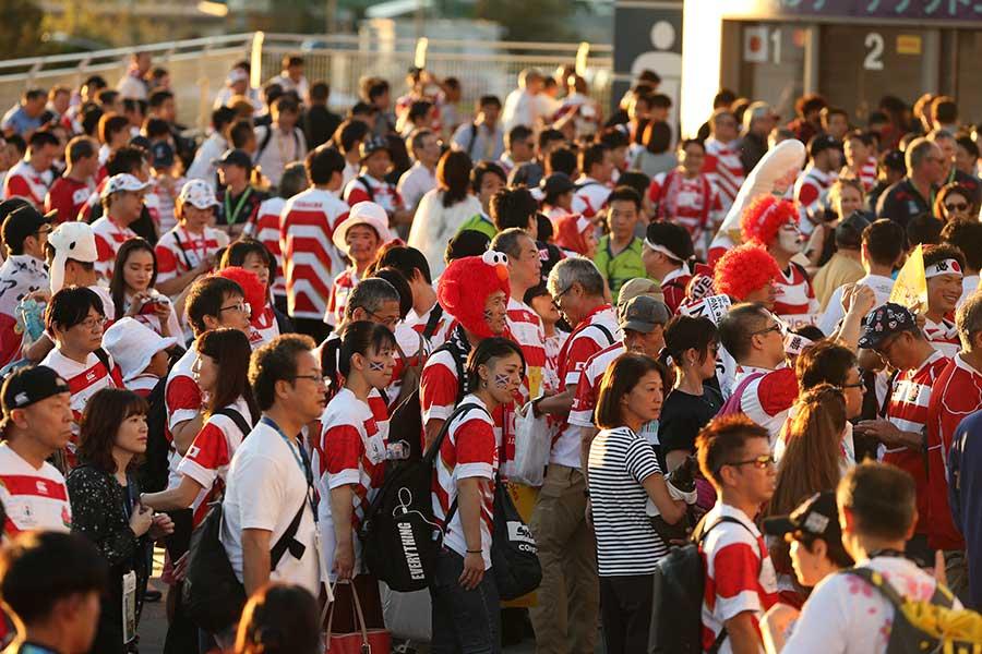 激戦となった日本対スコットランド、試合前からファン同士の美しい交流があった【写真:石倉愛子】