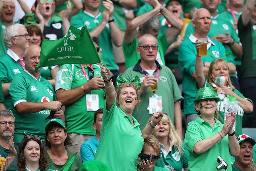 ラグビーのアイルランド代表ファンたち【写真:Getty Images】
