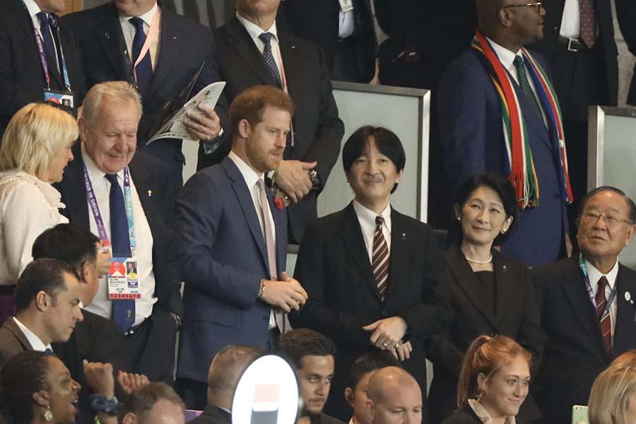 秋篠宮ご夫妻と並び、姿を見せたヘンリー王子【写真:荒川祐史】
