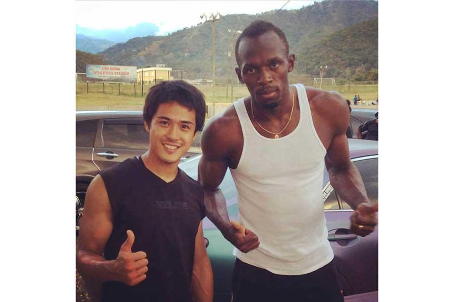 ウサイン・ボルト(右)は和田賢一の練習に打ち込む姿に感銘し、いつしか「Brother」と呼ぶようになった【写真:本人提供】