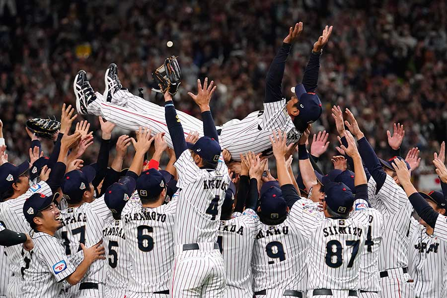 WBSCプレミア12で優勝した侍ジャパン【写真:Getty images】