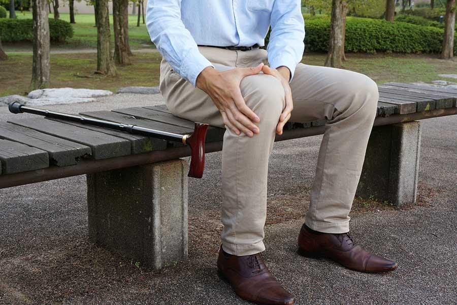 最近では30代から症状の出る「膝痛」