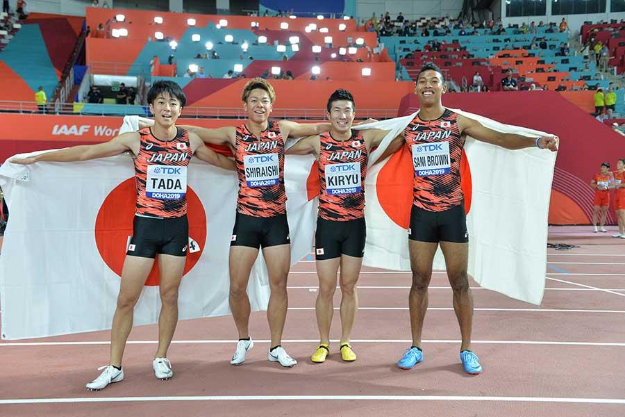 ドーハ世界選手権男子4×100mリレーで銅メダルを獲得した多田修平選手、白石黄良々選手、桐生祥秀選手、サニブラウン アブデルハキーム選手