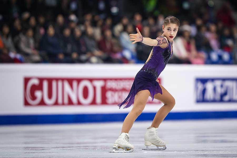 GPファイナルで優勝したアリョーナ・コストルナヤ【写真:Getty Images】