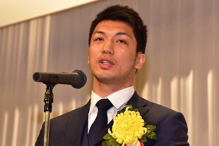 表彰式で急遽スピーチを務めた村田諒太【写真:石渡史暁】