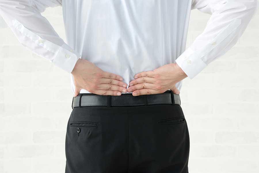 在宅ワークで増える腰痛民…中野氏が腰痛の原因やストレッチの仕方を紹介した