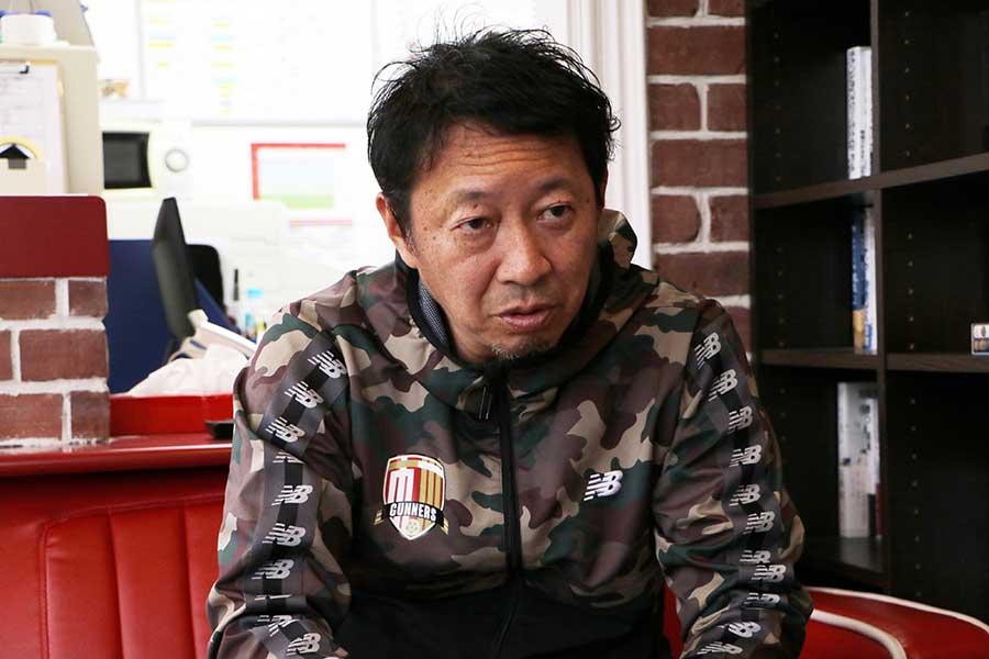 幸野健一は日本の旧態依然としたスポーツ事情を変えたいと考えていた【写真:編集部】