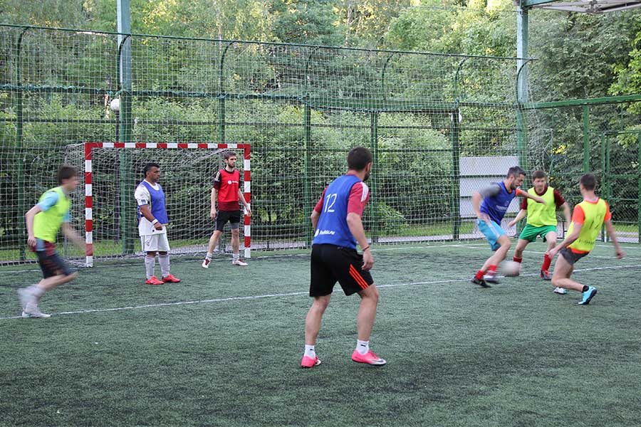 ドイツにはアマチュアであっても生涯現役のサッカー選手でいられる環境がある【写真:Getty Images】