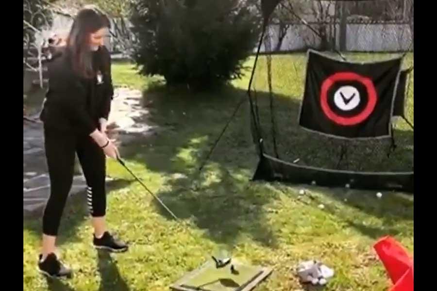 """欧州ツアーが自宅でゴルフをする人々の""""笑撃の動画""""を公開した(写真は欧州ツアー公式ツイッターより)"""