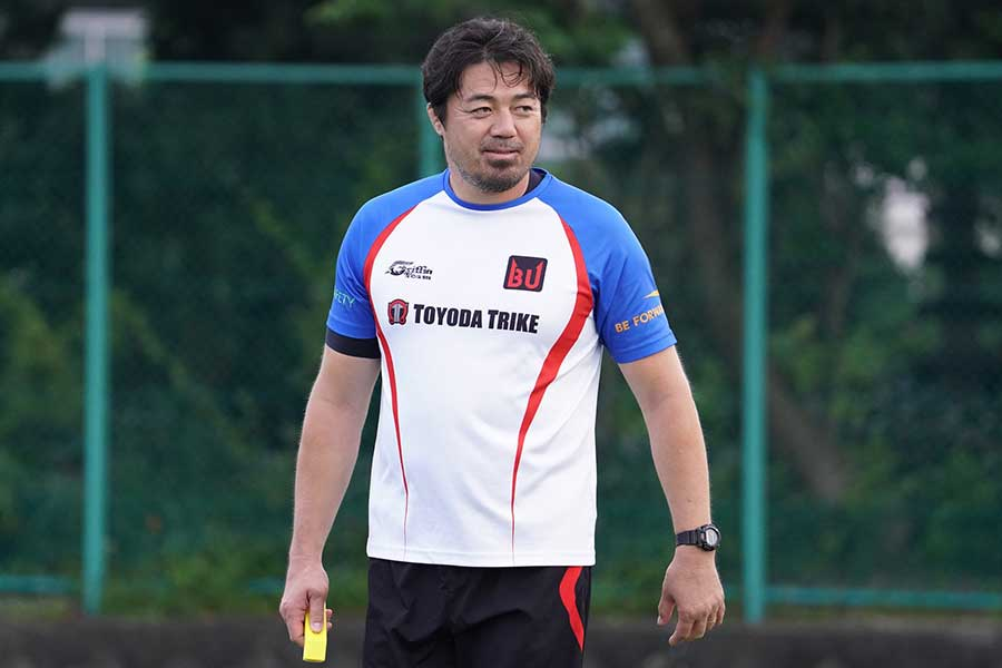 元日本代表キャプテンで、現在は日野レッドドルフィンズでコーチを務める箕内拓郎さん【写真:荒川祐史】