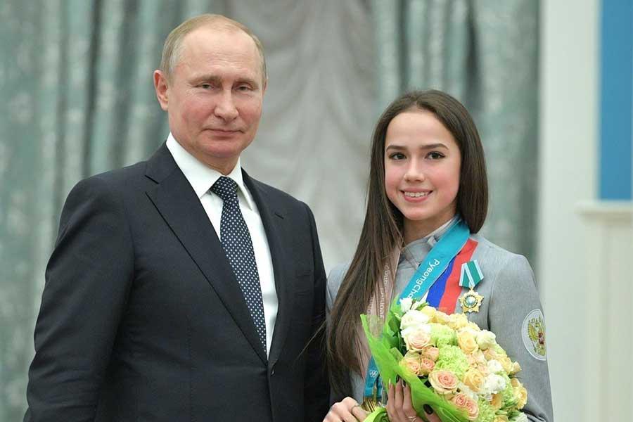 プーチン大統領とアリーナ・ザギトワ【写真:Getty Images】