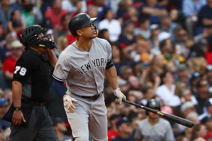 フェンウェイパークで本塁打を放ったスタントンだったが…【写真:Getty Images】
