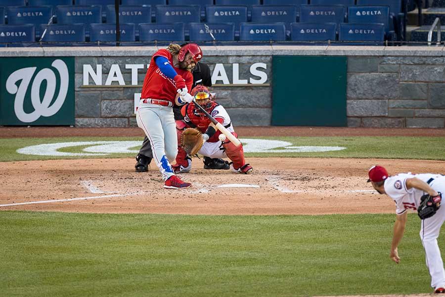 フィリーズのブライス・ハーパーがマックス・シャーザーから本塁打を放った【写真:Getty Images】