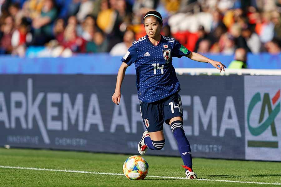 サッカー女子日本代表・長谷川唯の新アスリート思考とは【写真:Getty Images】