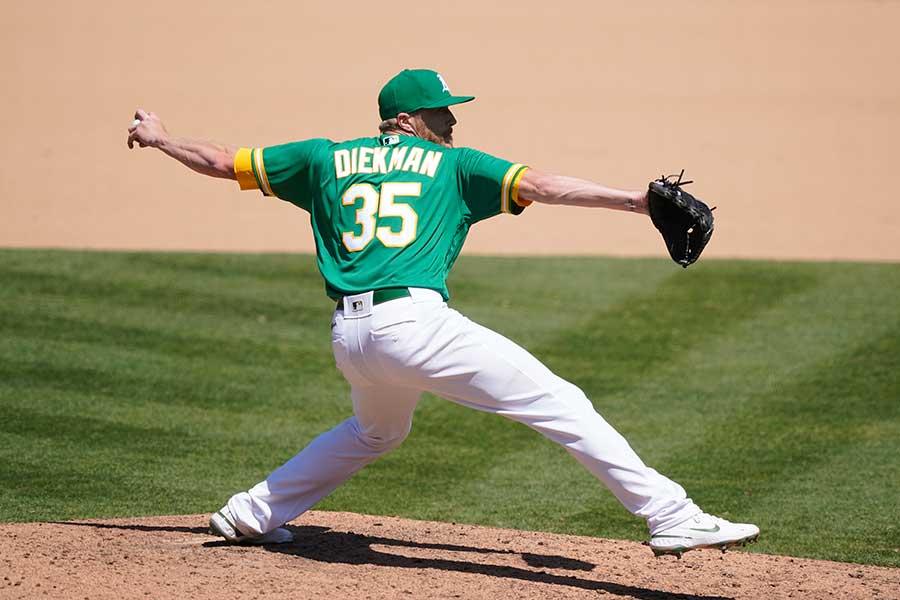 昨季はリーグ最多31ホールドをマークしたジェーク・ディークマン【写真:Getty Images】