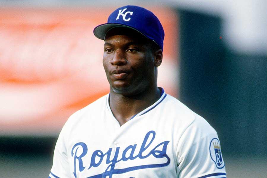 現役時代、MLBではロイヤルズなどでプレーしたボー・ジャクソン氏【写真:Getty Images】