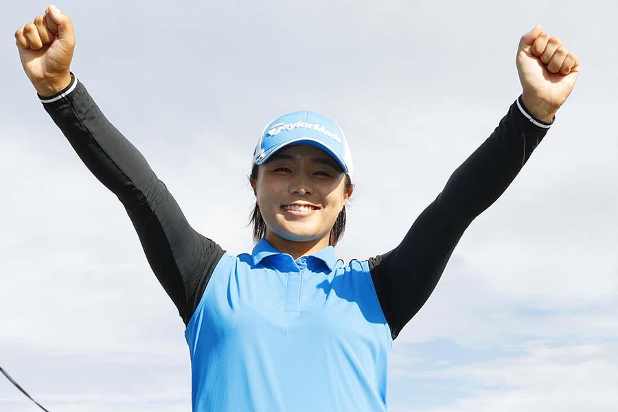 2年5か月ぶりの優勝を飾った永峰咲希【写真:Getty Images】