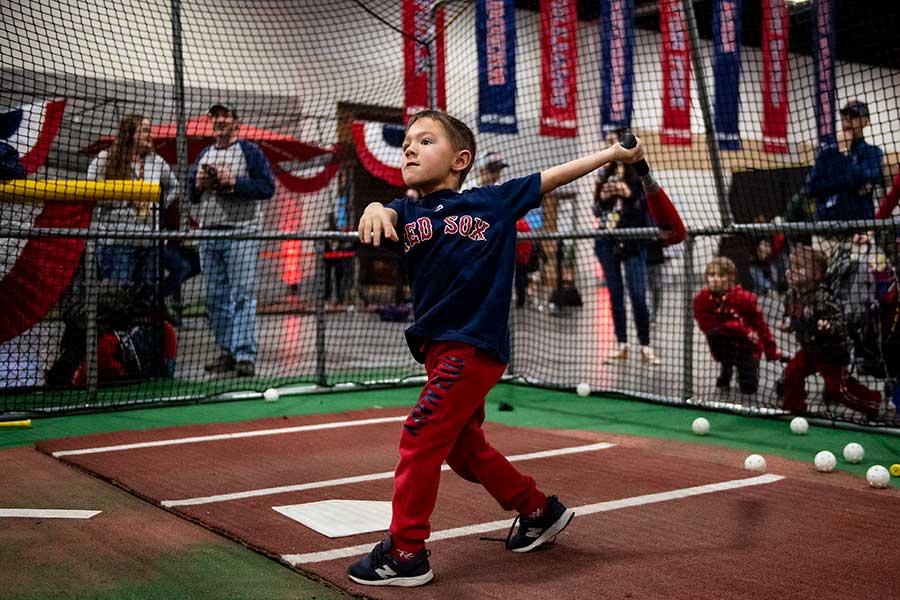 子供がスポーツをするにあたって直面する「お金の壁」とは【写真:Getty Images】
