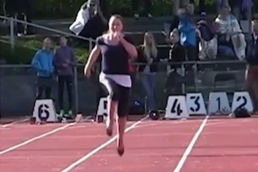 ハイヒールを履いて100メートルを快走する姿に反響が集まっている(画像はギネスワールドレコード公式インスタグラムより)