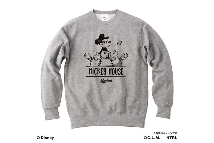 23日から販売されるロッテとミッキーマウスのコラボスウェット【写真:球団提供】