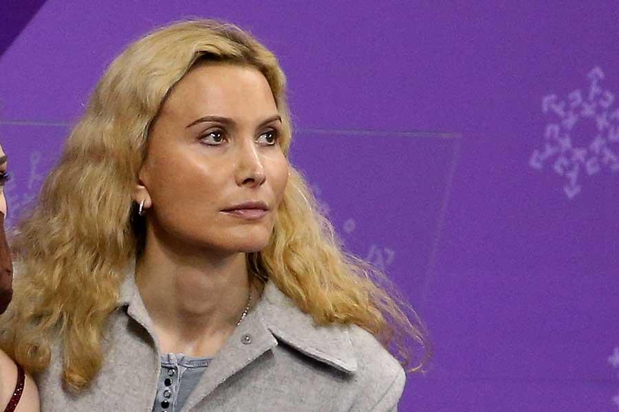 アカチエワを指導するエテリ・トゥトベリーゼコーチ【写真:Getty Images】
