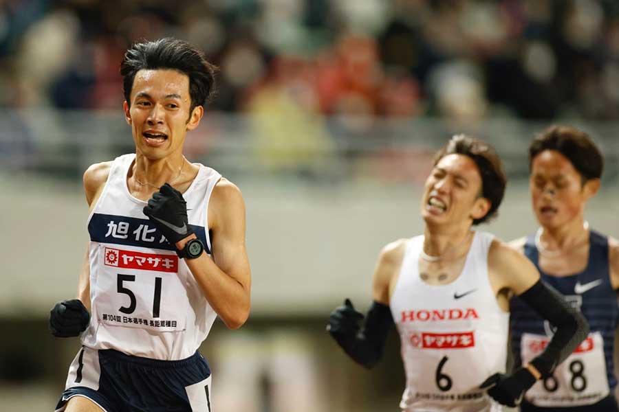 日本選手権、男子1万メートルで東京五輪代表に内定した相澤晃【写真:奥井隆史】