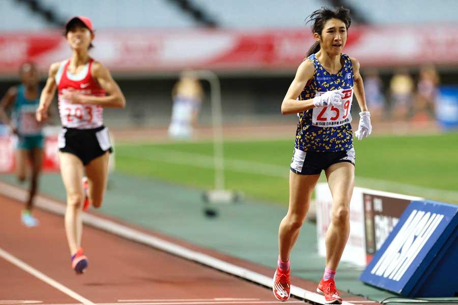 日本選手権、女子5000メートルで初優勝を飾った田中希実【写真:奥井隆史】